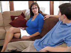 milf passed out in threesome